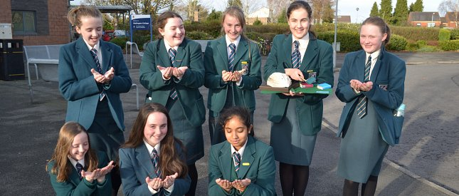 Strathearn compete at the Northern Ireland Heat of the Kids' Lit Quiz