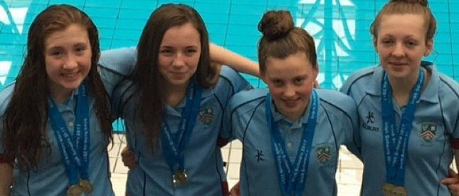 Strathearn swimmers crowned double Irish Relay Champions